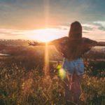 片思い失恋。相手を後悔させる方法7選!